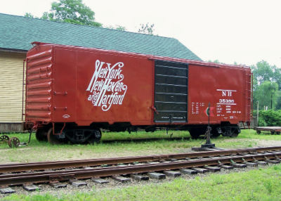 NH 40-Foot Boxcar